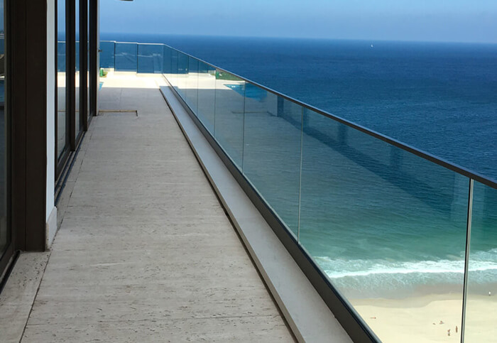 balcony glass balustrades
