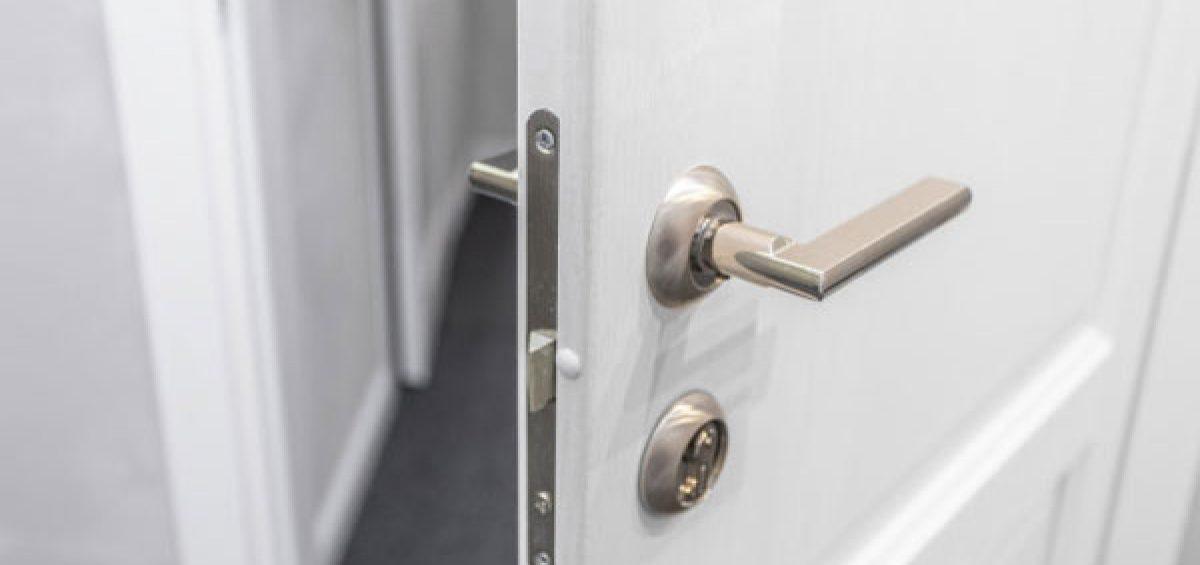 fixing a door handle